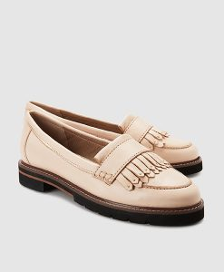 Nude brogue